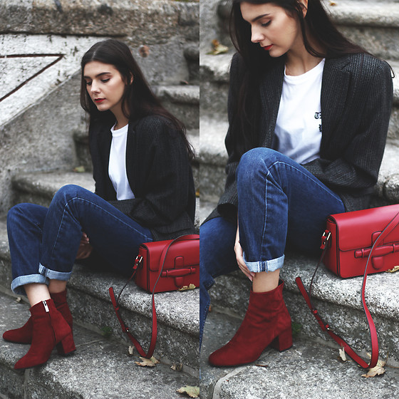 CLAUDIA Holynights - Vipshop Bag, Prof Boots - Red details