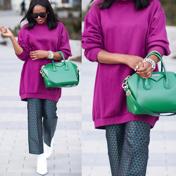 Monica Awe-Etuk -  - AWED BY MONICA: HOW TO LOOK CHIC IN AN OVERSIZED SWEATER