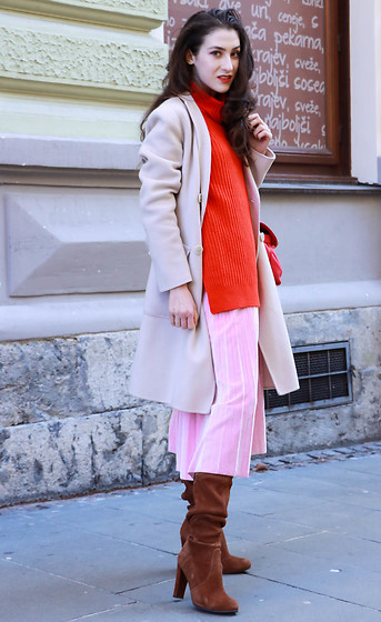 Veronika Lipar - Stuart Weitzman Brown Slouchy Boots, Ganni Red Turtleneck Oversized Sweater, Wsplyspjy Pink Pleated Velvet Midi Skirt - Pink, red and the slouch