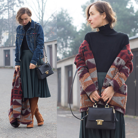 Iva K - Springfield Coat, Bershka Skirt, Zara Top - Autumn colors
