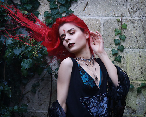 Marion Lemos - Shop Dixi Choker And Necklace, More On The Blog, My Last Youtube Video - Rain drops