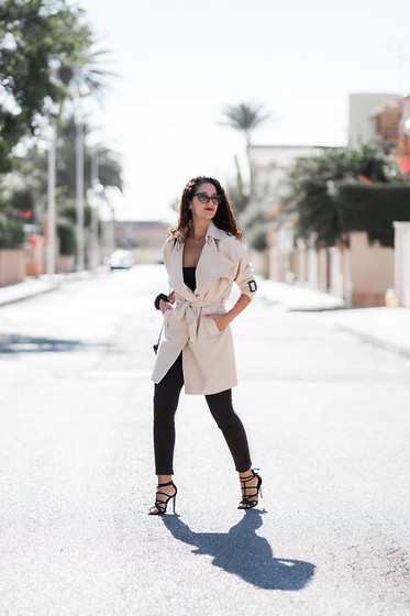 Maray - Dresslily Trench Coat, Pull & Bear Pants, Stradivarius Sandalas, Dresslily Sunglasses - TRENCH COAT