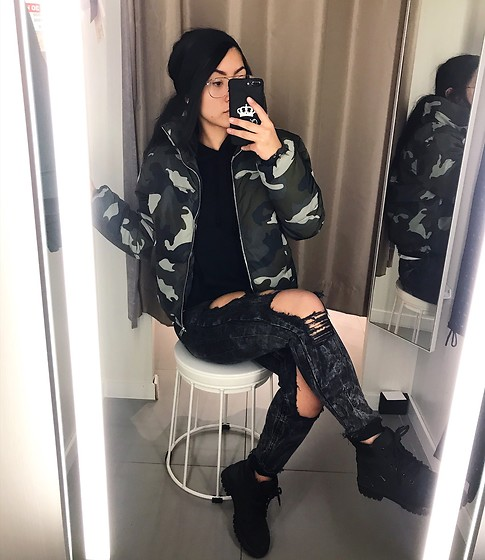 Jenny Drugge - H&M Jacket, H&M Jeans, Nelly Boots - Camo touch