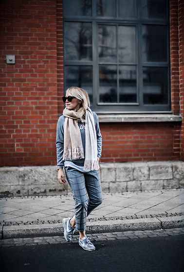 Frances A. - Banana Republic Pants, Nike Sneaker - Casual day.