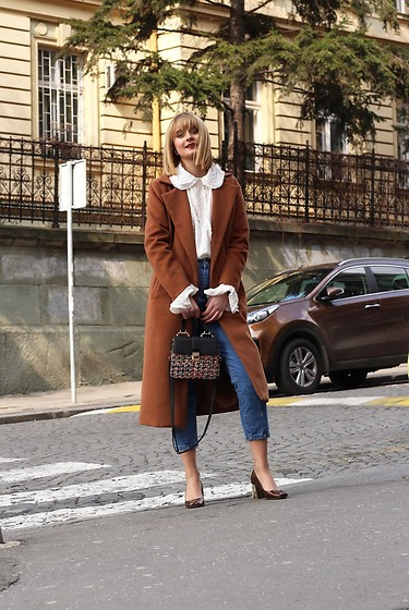 Ana Vukosavljevic - Zaful Coat, H&M Blouse, Zara Heels - How To Pick The Perfect Coat For Winter?
