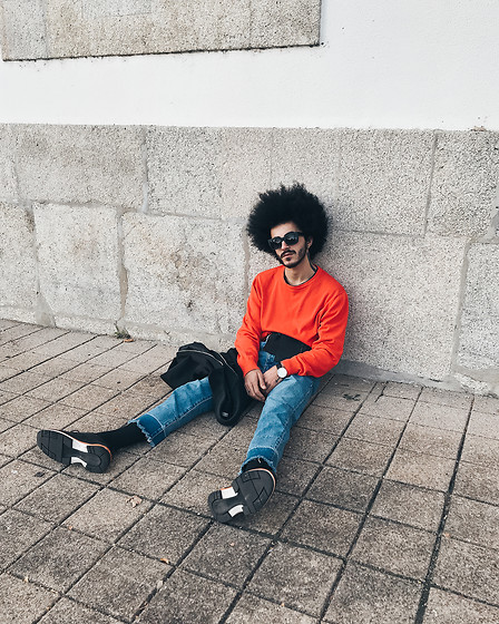 Marco Moura - H&M Sweater, Asos Sunglasses, Bershka Jeans, Zara Shoes - Orange day