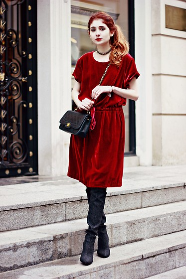 Maria Chamourlidou - 404 Not Found Dress, Giuseppe Zanotti High Boots, Chanel Bag - Red velvet