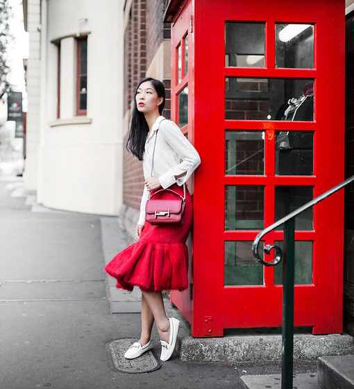 Cissy Zhang - Prada Fluted Ruffle Hem Red Skirt, Tods Double T Bag - Fire red