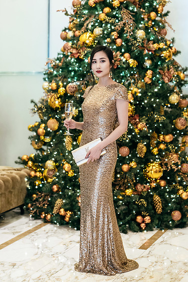 Tina Lee -  - Holiday Party Dresses Guaranteed to Turn Heads