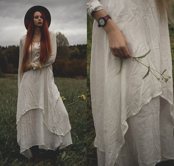 Liza LaBoheme - Dress, Crescent Moon Necklace - Wildflowers