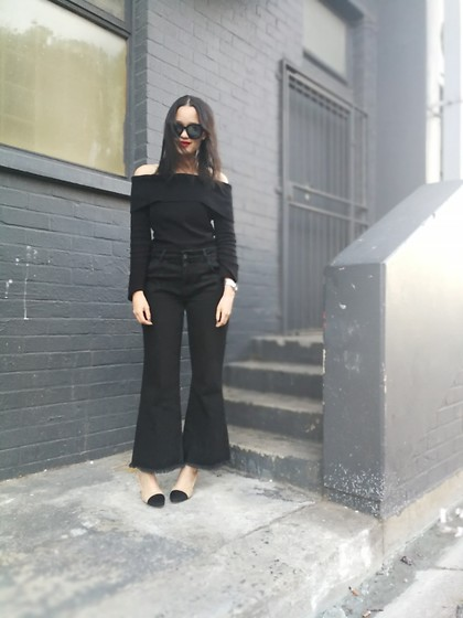 Tneale Williams - Country Road Cold Shoulder Knit, Chanel Sunglasses, Zara Black Denim Culottes, Chanel Slingbacks - Cropped culottes.