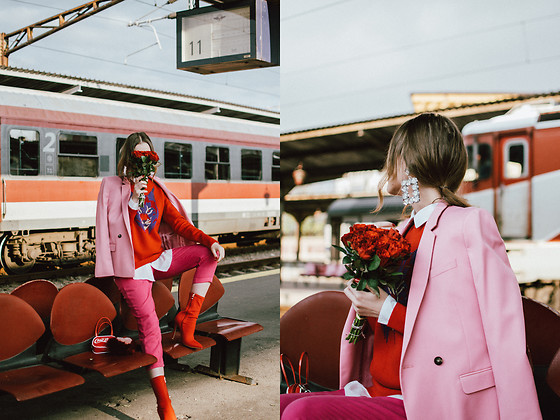 Andreea Birsan - Dusty Pink Blazer, Sequins Statement Earrings, Red Cashmere Sweater, White Button Down Shirt, Hot Pink Tailored Peg Trousers, Ciao Bella Red Vinyl Mini Bag, Heeled Red Sock Boots, Heart Shaped Fur Charm - How to wear red and pink together