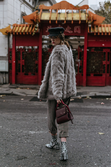 Andreea Birsan - Grey Faux Fur Coat, Check Printed Baggy Trousers, Snakeskin Ankle Boots, Burgundy Ladybug Bag, Baker Boy Cap, Gold Hoop Earrings - China town