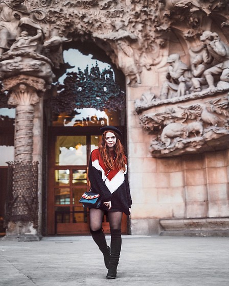Solveig Jenselme - Stradivarius Black, White And Red Sweater, Stradivarius Black Beret, Black Thigh High Boots - A parisian girl in Barcelona
