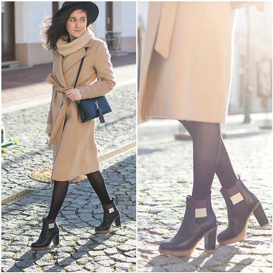 Marijana M - H&M Nude Wrap Coat, Tommy Hilfiger Ankle Black Boots, Sammydress Bag - All shades of nude