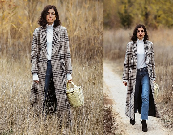 Aria -  - An oversized checked coat
