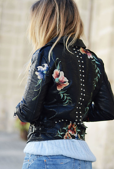 Mara M - Biker - Studded embroidered biker
