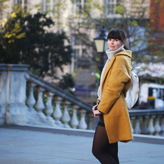Paris & London - -  - Yellow.