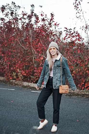 Daniella Robins -  - Wearing Double Denim, Talking Christmas Shopping