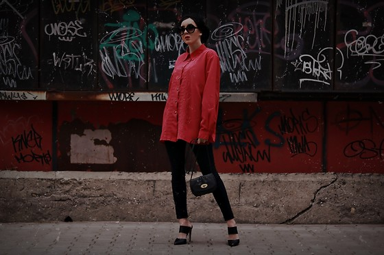 Ewa Macherowska - Second Hand Shirt, Bershka Pants, Ccc Shoes, Cubus Bag, Nn Beret, C&A Sunglasses - French Vibes
