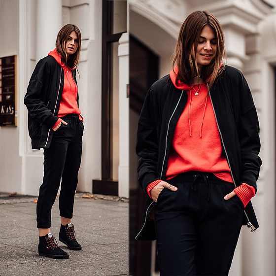 Jacky - Asos Bomber Jacket, Reserved Pants, Levi's® Sneakers -  Bomber Jacket combined with a red Sweater