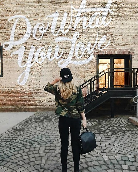 Amelia Burns - Divine Lorraine Collection Hat, Thrifted Army Jacket, Madewell Jeans, Urban Outfitters Bag - Do What You Love