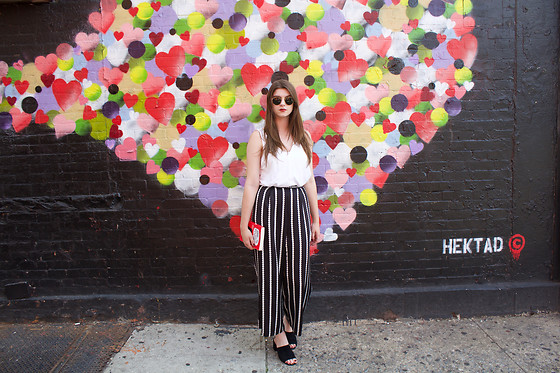 Tracie Marie - H&M White Blouse, Asos Blac K Dot Culottes, Aldo Black Suede Mules - How to Survive a Hot Summer in Spots and Striped Pants