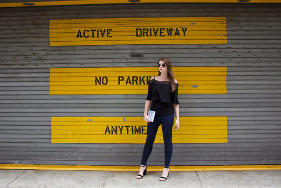 Tracie Marie - Yigal Azrouel Black Cold Shoulder Top, American Eagle Outfitters Dark Skinny Jeans, Steve Madden Black Sandals - My New York Moment