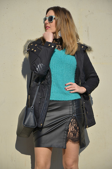 Elisabeth Green - Sammydress Coat, Zaful Sweater, Zaful Skirt - Green and Lace