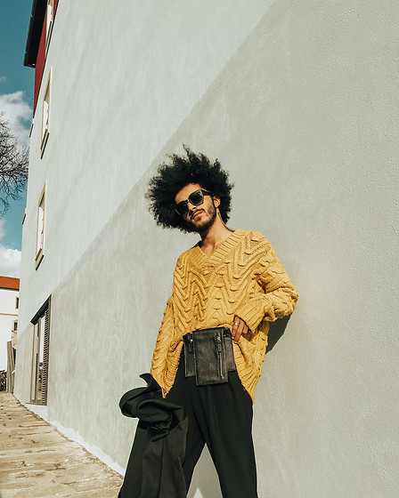 Marco Moura - Zara Knit, Daniela Barros Fanny Pack, Zara Pants, Asos Sunglasses - Yellow for the sunny days