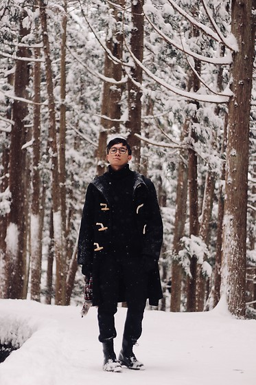 Effendy Sigit - Dr. Martens High Boots, Uniqlo Coat, Uniqlo Heat Pants, Uniqlo Turtle Neck - Snow Day