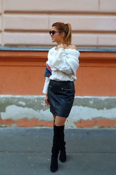 An Koko -  - The little black leather skirt
