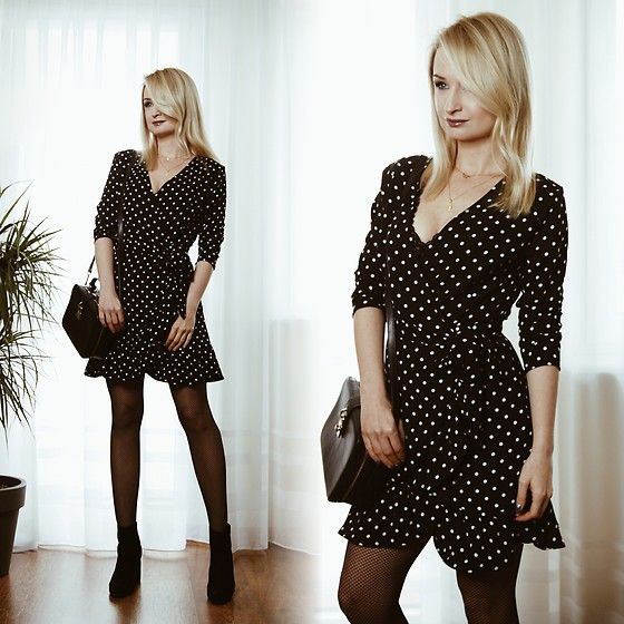 Daria Darenia -  - Polka-dot dress