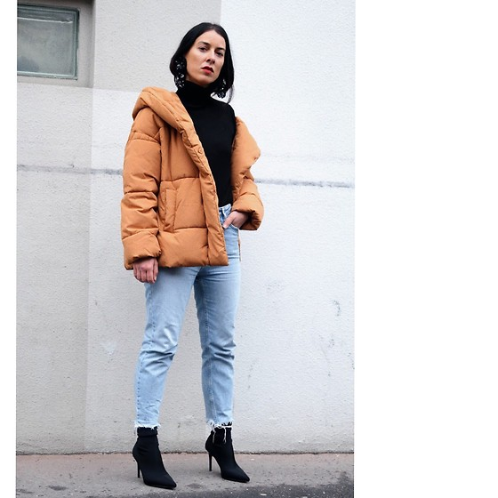 Alexandra DAP - Mango Boots, New Look Jean Mom Fit, H&M Coat - Part 3