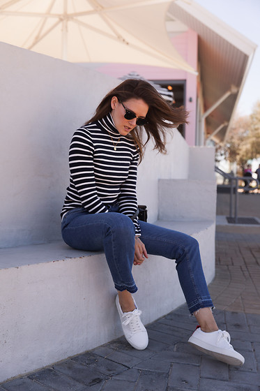 Jenelle Witty -  - CLASSIC TURTLENECK STRIPE