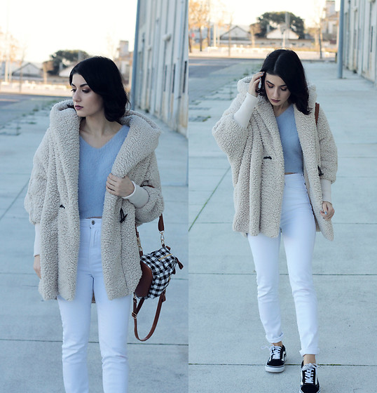 Adriana R. - Shein Apricot Hooded Loose Coat, Zaful V Neck Light Blue Sweater, Rosegal Mini Plaid Backpack, Zara High Waist Jeans - The Fluffiest Coat / Pastel Blue & Plaid Backpack