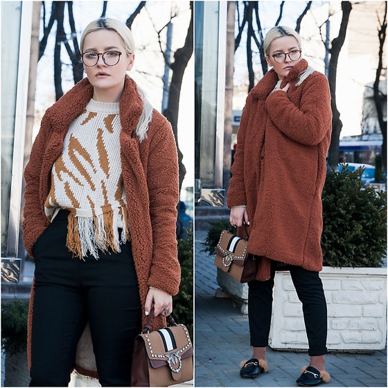 Cristina Tabun - Zaful Coat, Sammydress Sweater, Sammydress Bag - Shearling Coat