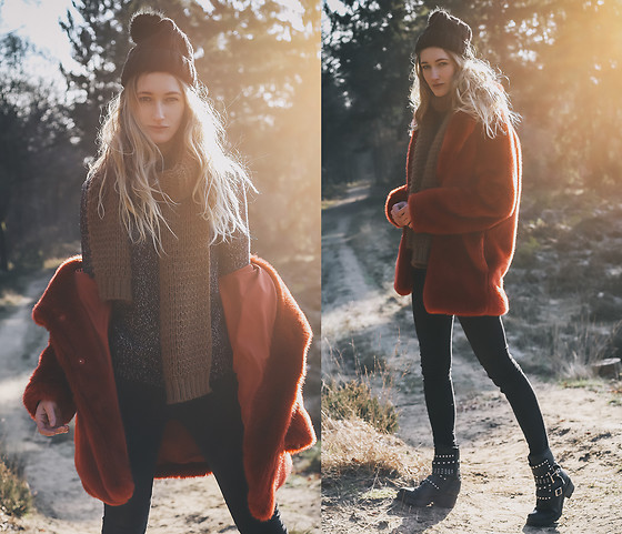 Eva Velt - H&M Furry Fake Coat, Big Boots - I found the sun