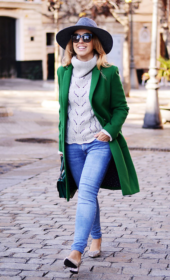 Mara M - Tintoretto Coat - Green coat