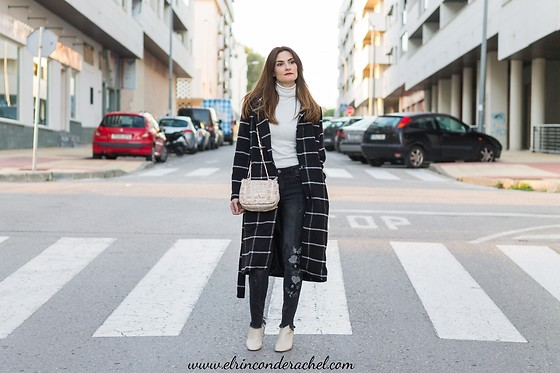 El Rincón de Rachel - Zaful Plaid Coat, Zaful Tweed Frayed Edge Bag - Plaid Coat & Bag Outfit