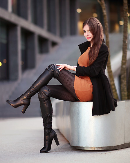 Ariadna M. -  - Leather boots