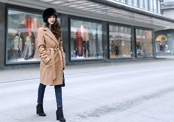 Veronika Lipar - A.P.C. Dark Blue Tapered Denim Jeans, Escada Wrap Camel Coat, Bart's Black Faux Fur Hat, Elena Iachi Black Sock Boots - MY WINTER OUTFIT ON THE GO