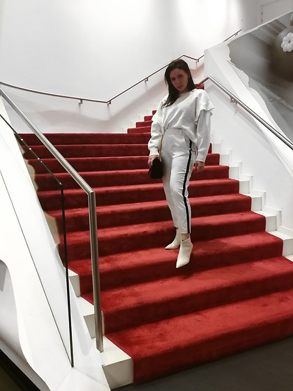 Tneale Williams - Zara White Sweater, Zara White Trousers, Next White Leather Boots - Feng shui.