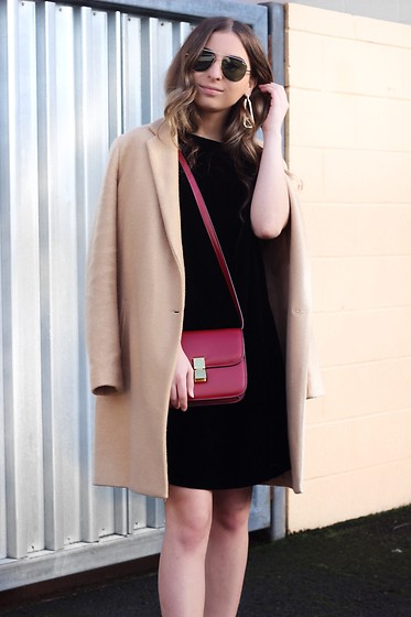 Fashion Sensored -  - Valentine's Day Outfit