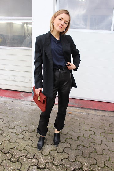 Anna Borisovna - Mango Blazer, H&M Pants, Mango Bag, Mango Shoes - The leather trousers