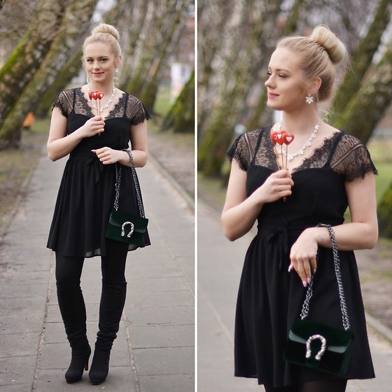Natalia Piatczyc - Zaful Black Lace Dress, Zaful Green Suede Bag - Date