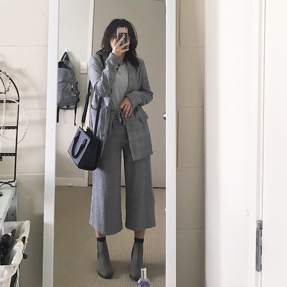 Julia Nguyen - Pull & Bear Plaid Blazer, Pull & Bear Culottes, New Look Chelsea Boots, Colette Hayman Hand Bag - All Grey