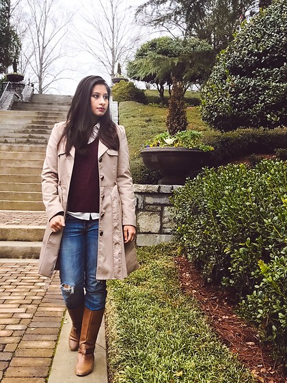 TheVagabondWayfarer - H&M Trench Coat, H&M Sweater, Carlton London Boots, Anerican Eagle Jeans - Classic trench coat