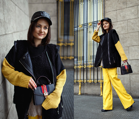 Ann Kos - Bag, Sweater, Hat - BLACK&YELLOW