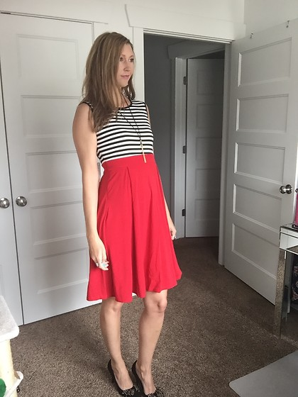 Cindy Batchelor - Chic Striped Flare Red Dress - Chic Striped Flare Red Dress